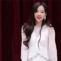韩国女团劲歌热舞